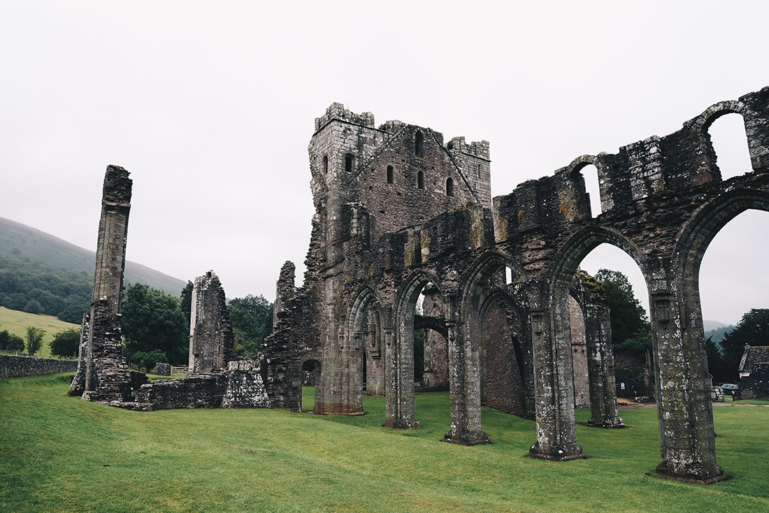 Llanthony Priory, brecon beacons, pays de galles