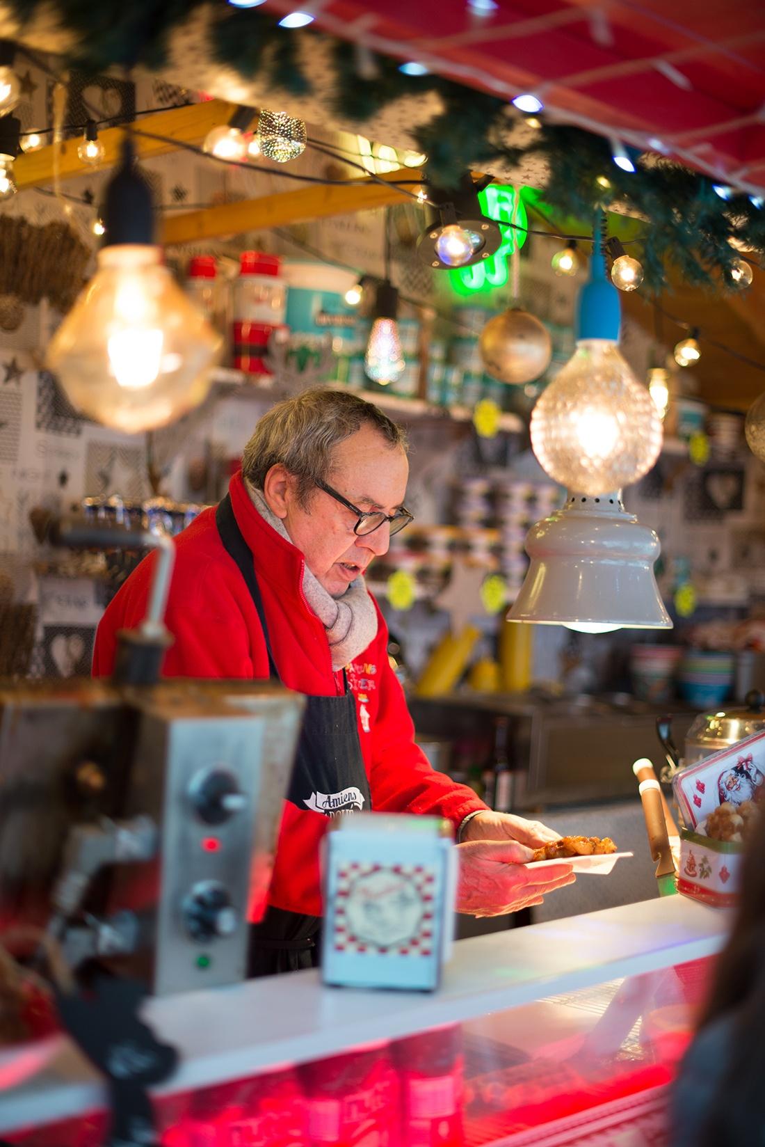 le gaufrier, marché de Noël d'Amiens, hauts-de-france
