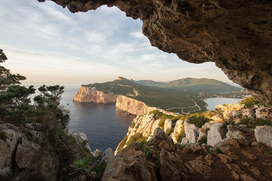 grotte de Vasi Rotti, parc di porto conte, sardaigne