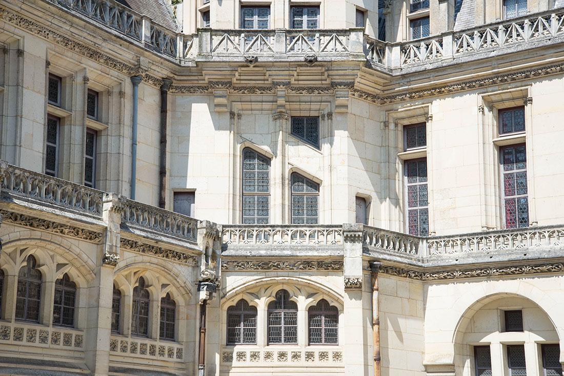 visite du château de Pierrefonds dans l'Oise, cour d'honneur